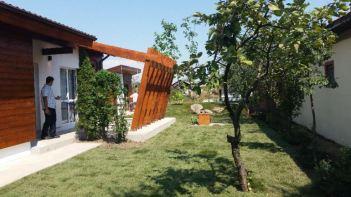 adelaparvu.com-despre-casa-celor-3-surori-de-la-Poiana-Visuri-la-cheie-ProTv-sezonul-2-9